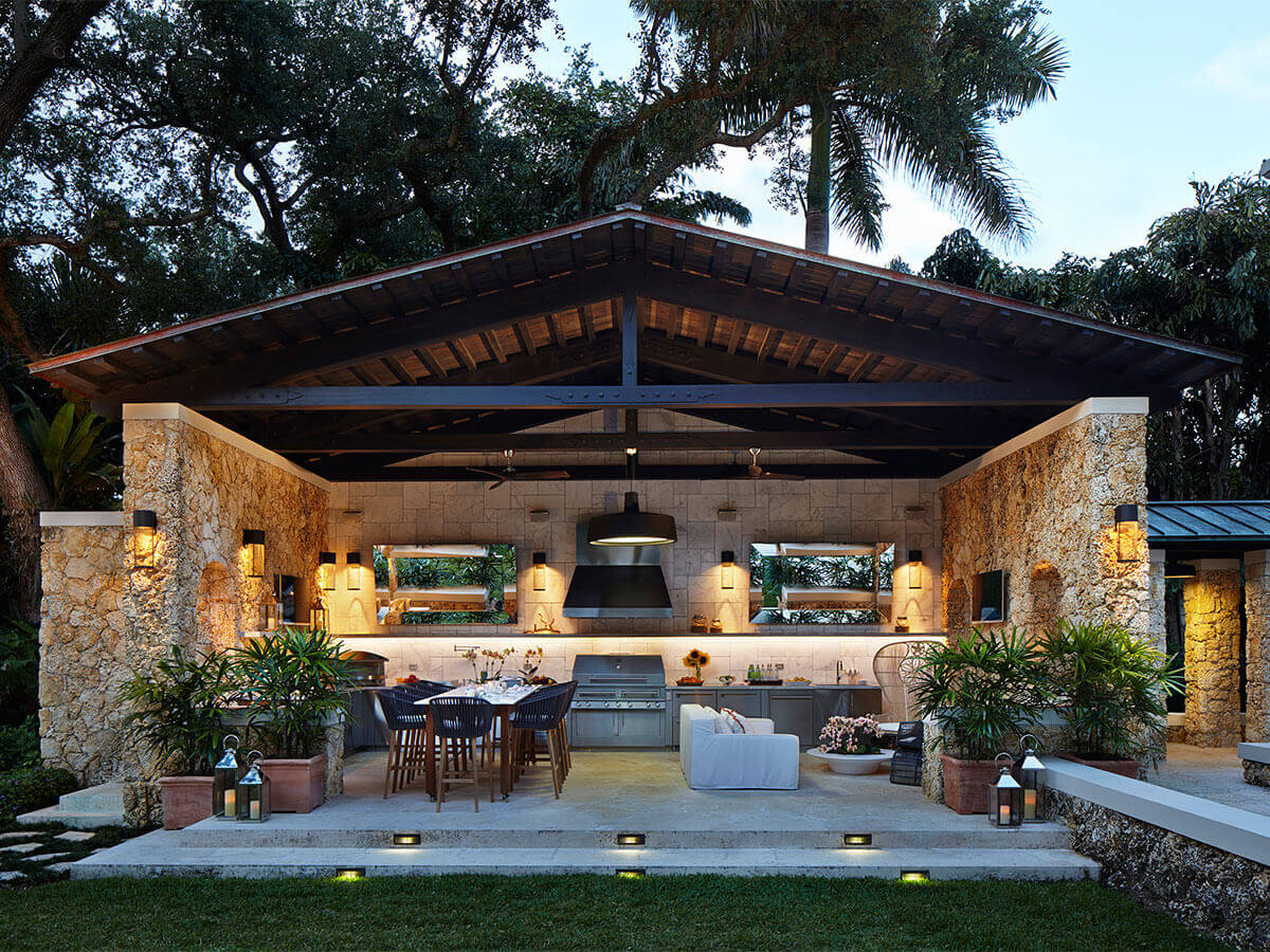 Outdoor Kitchens: An Al Fresco Cooking Experience of your ...